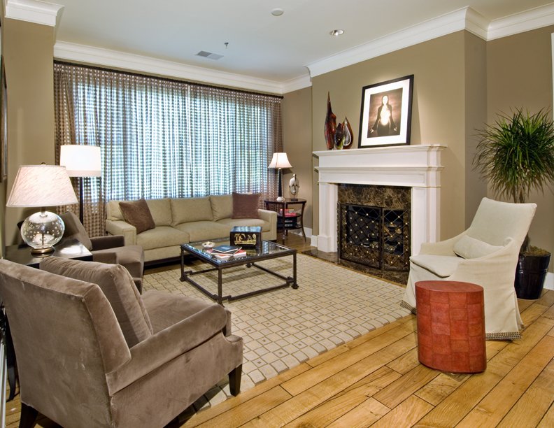 Peachtree Hills Place_Kingswood_Living Room2